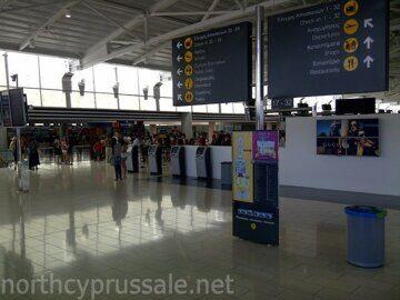 larnaka_aeroport_0